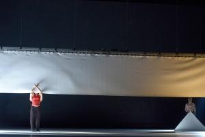 "Mariya Tyurina, Wataru Shimizu (verdeckt), Denis Untila in ""27'52''"" (Foto: Bettina Sotess)"